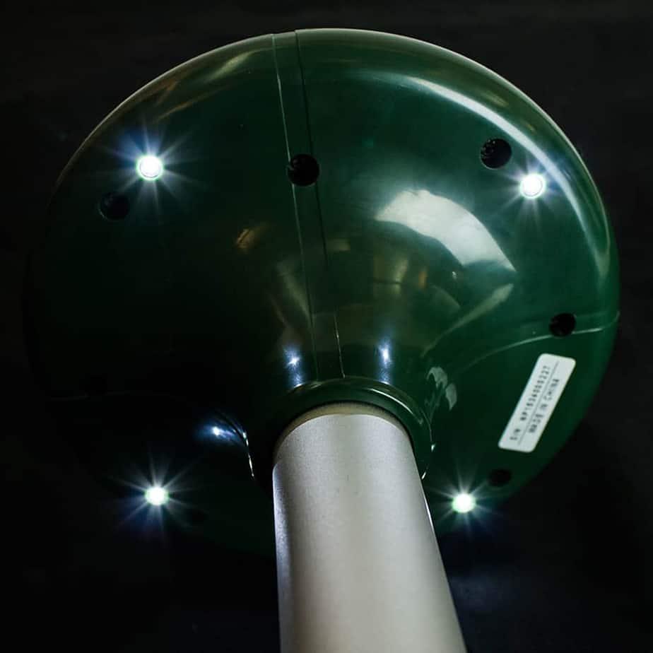 TX-MOLE flashing lights underneath