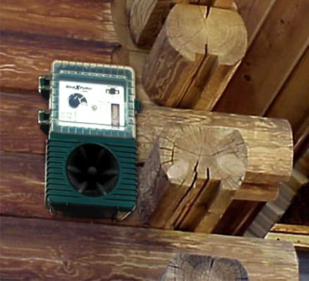Woodpecker Pro Sonic Woodpecker Bird Control Device For